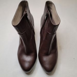 Rockport Brown Leather Bootie in 8.5